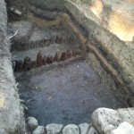 Ełk zamek - odsłonięte relikty palisad obronnych
