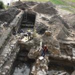 Zamek W Ełku - relikty budynków i palisad